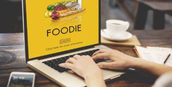 Job seeker searching flexible jobs for foodies.