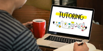 Job seeker who wants to consider online tutoring
