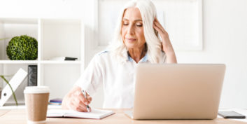 Mature woman looking for part-time, remote jobs for retirees