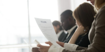 24 Words To Show Leadership On A Resume Flexjobs