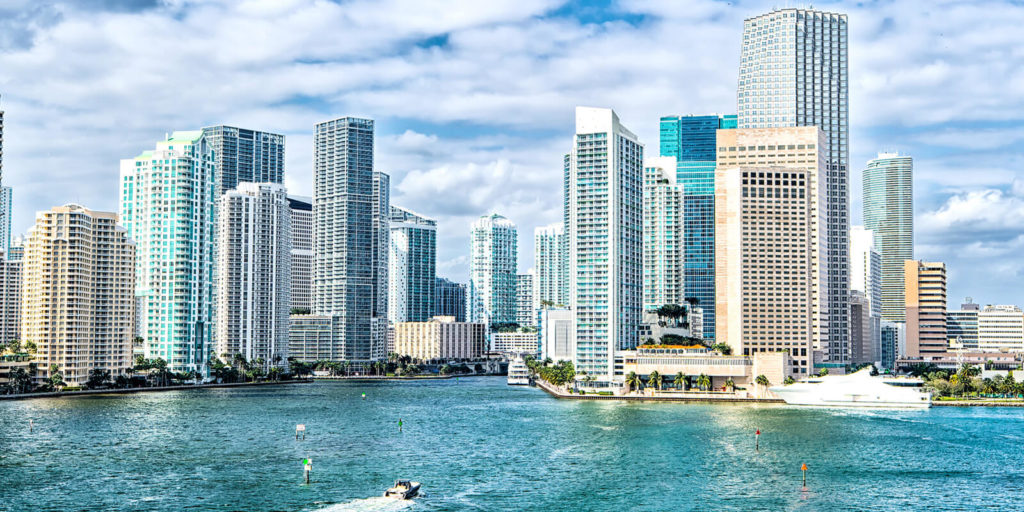 Miami, one of the best cities for IT professionals and companies hiring remote workers