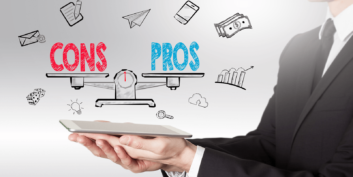 Pros and Cons: Working for Large Companies vs Small Businesses