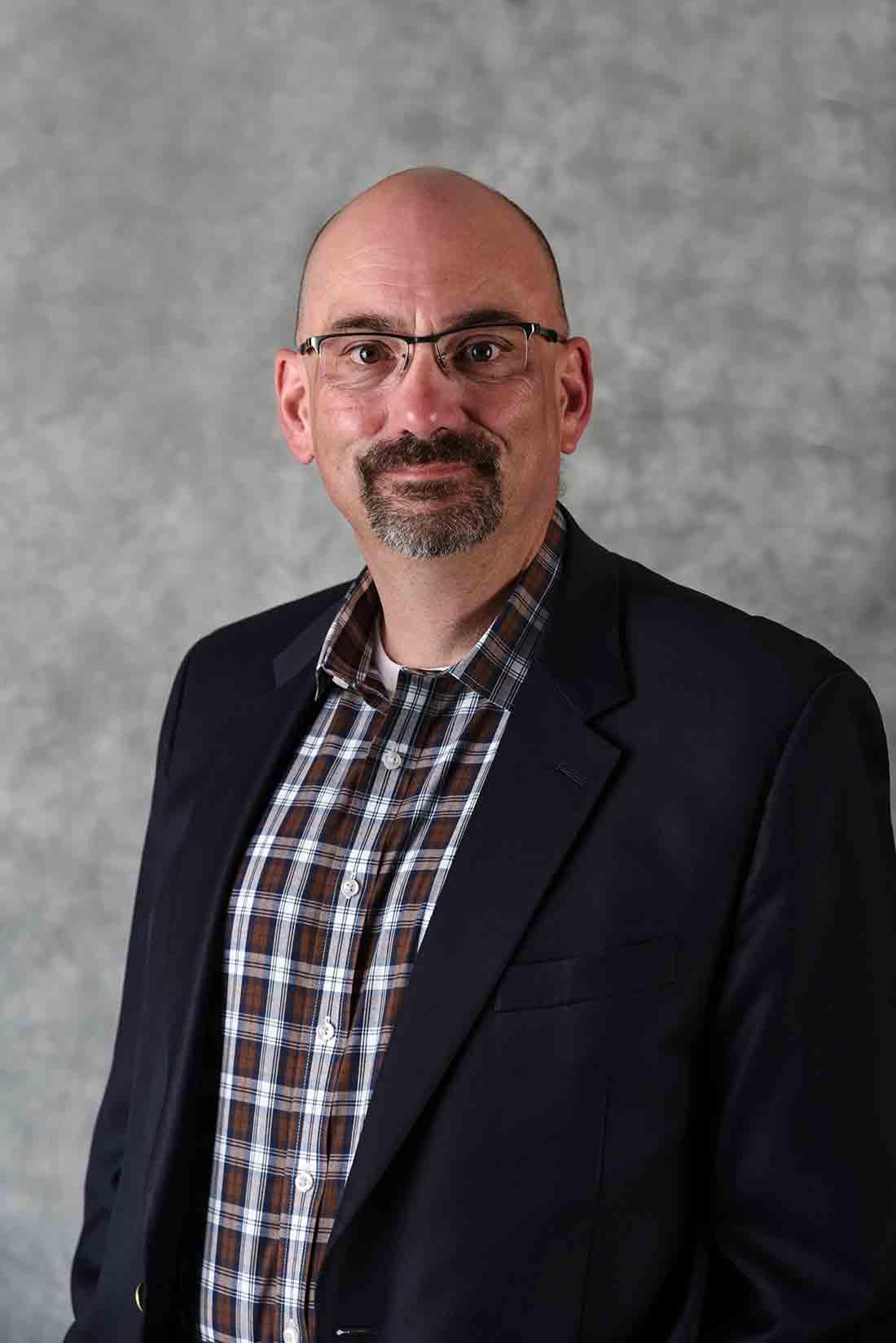 Bob McCain : Family Service Advisor