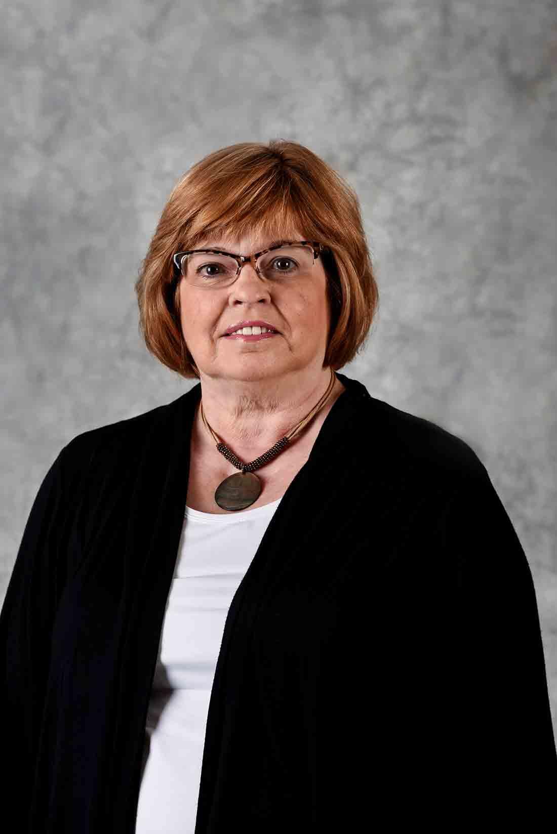 Susan Stewart : Family Service Advisor