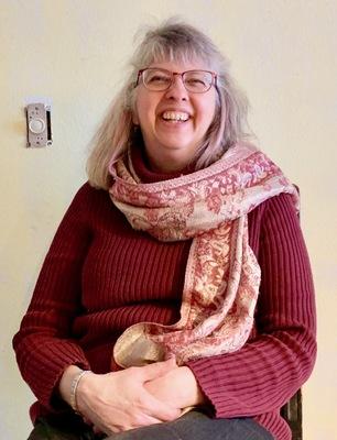 Sue roenke headshot