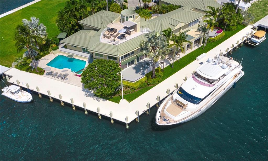 2400 Laguna Drive, Fort Lauderdale, FL 33316