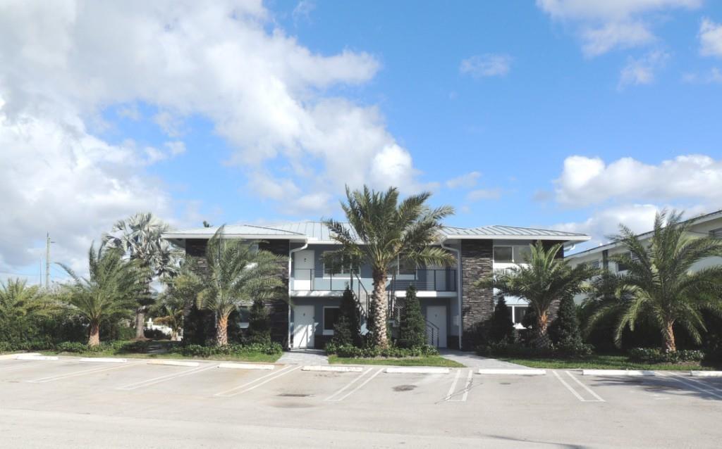 830 SE 22 Avenue, Pompano Beach, FL 33062