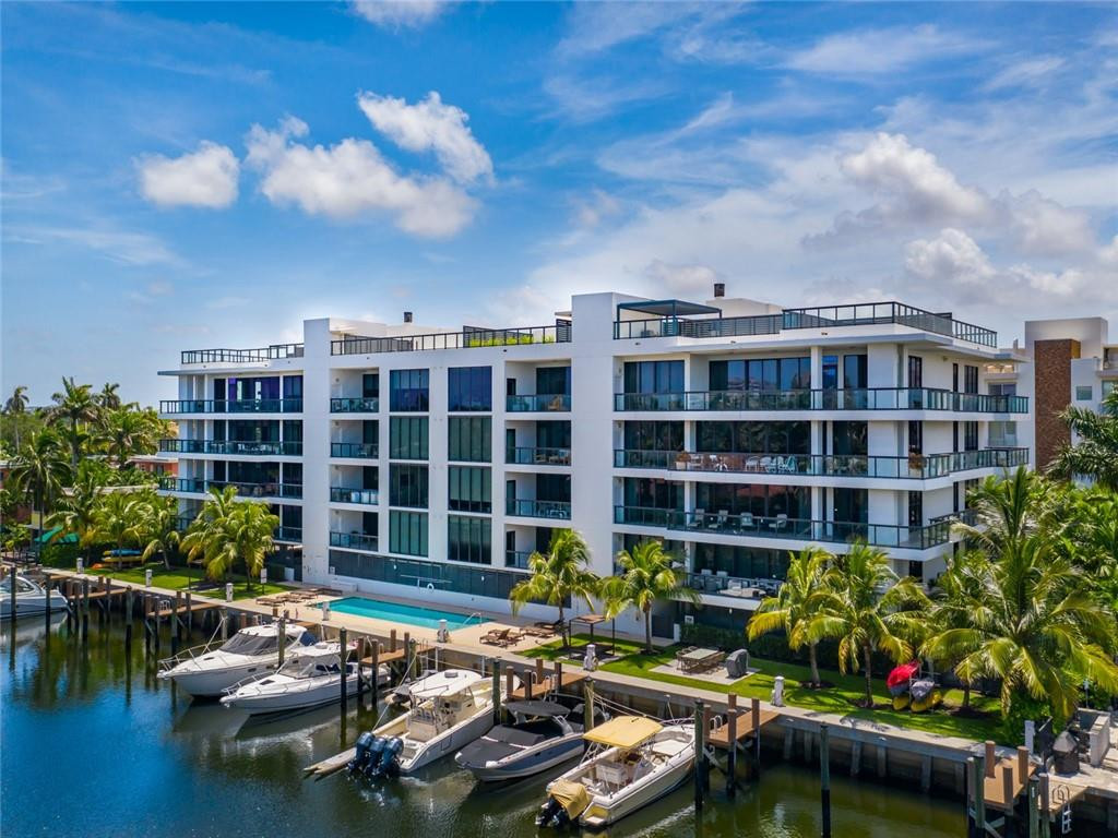 Boutique Waterfront Condo on Las Olas Isles with Dockage and Rooftop Terrace