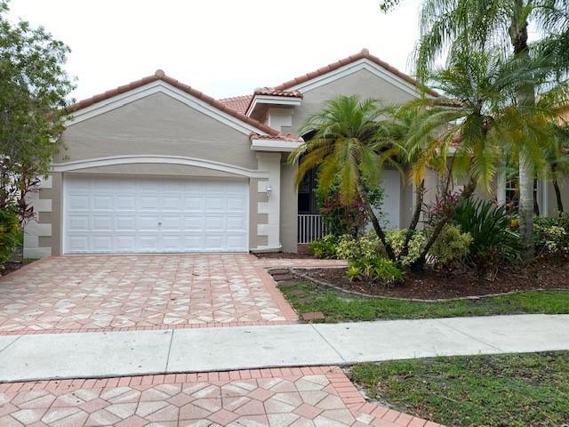 3688 Heron Ridge Lane, Weston, FL 33331