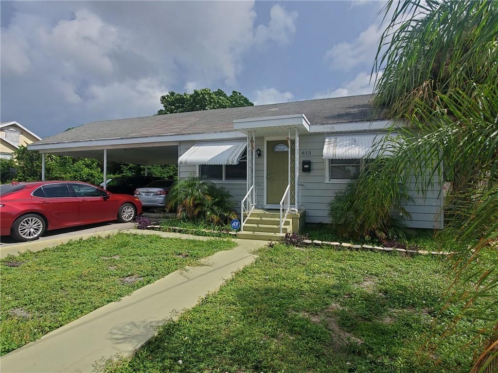 813 Kaye Street, West Palm Beach, FL 33405