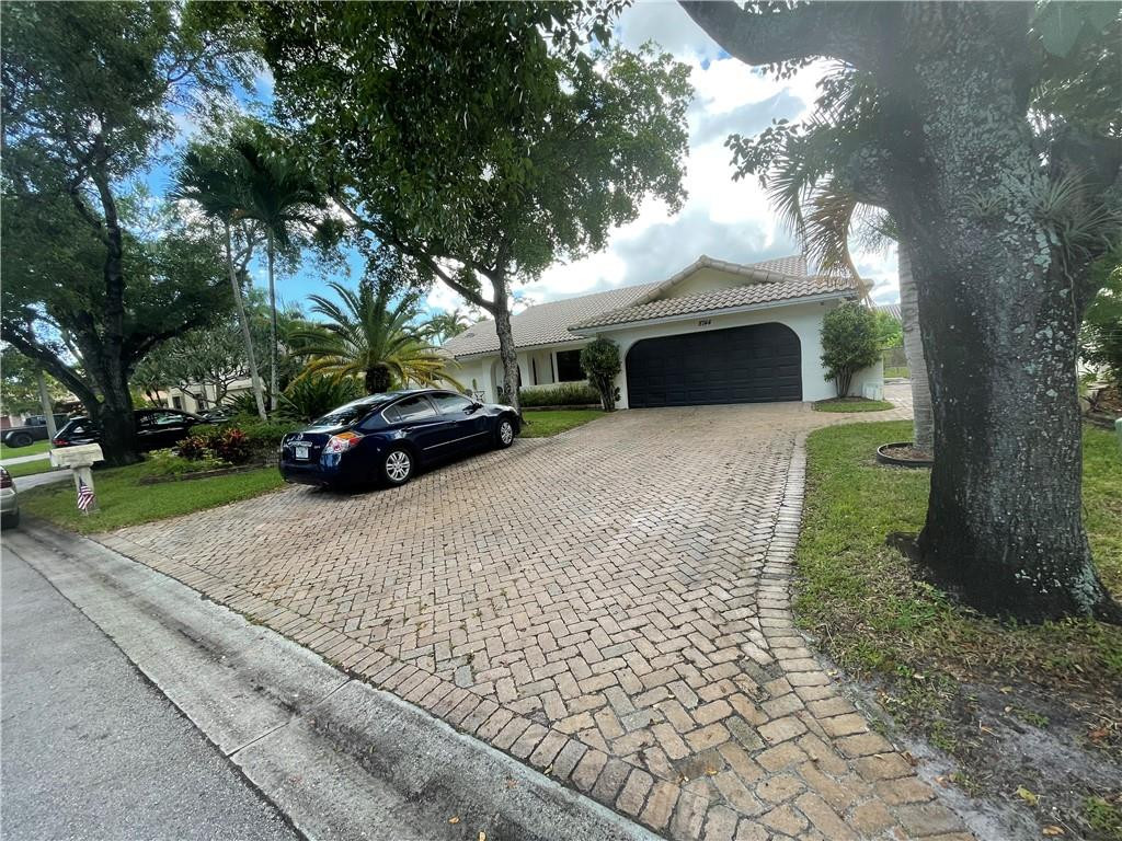 8744 NW 47th Drive, Coral Springs, FL 33067