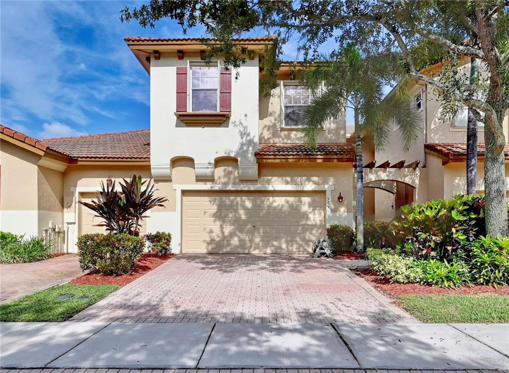5755 NW 120th Avenue, Coral Springs, FL 33076