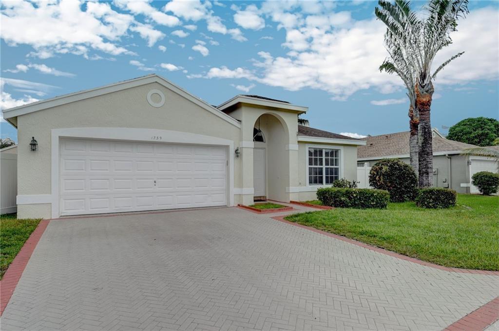 1739 Sawgrass Circle, Greenacres, FL 33413
