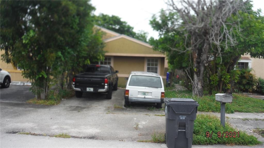 7211 SW 14th Street, North Lauderdale, FL 33068