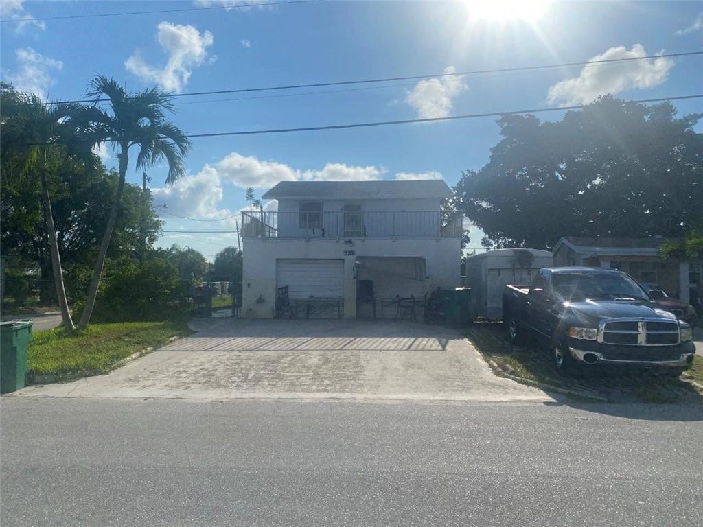 981 W 37th Street, Riviera Beach, FL 33404