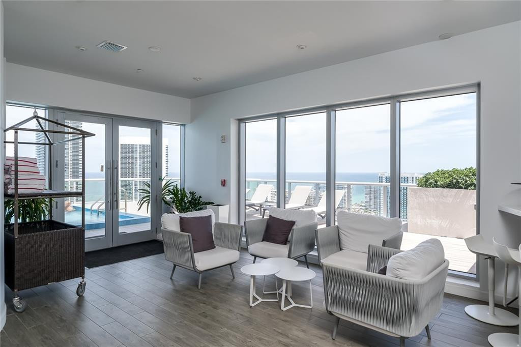 2600 E Hallandale Beach Boulevard, 3201, Hallandale Beach, FL 33009