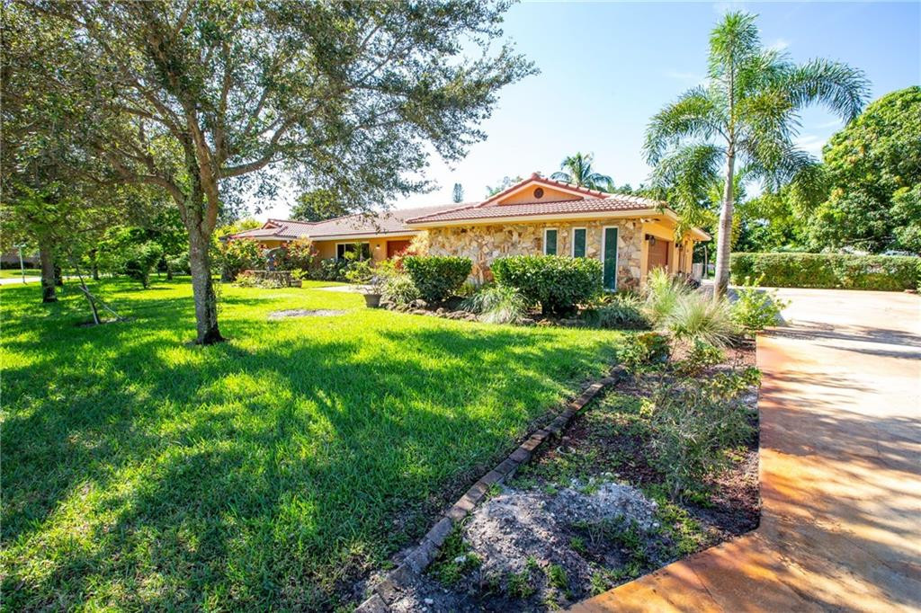 8688 NW 27th Street, Coral Springs, FL 33065
