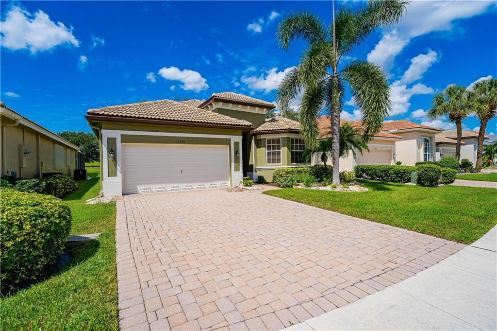 7880 Monarch Court, Delray Beach, FL 33446