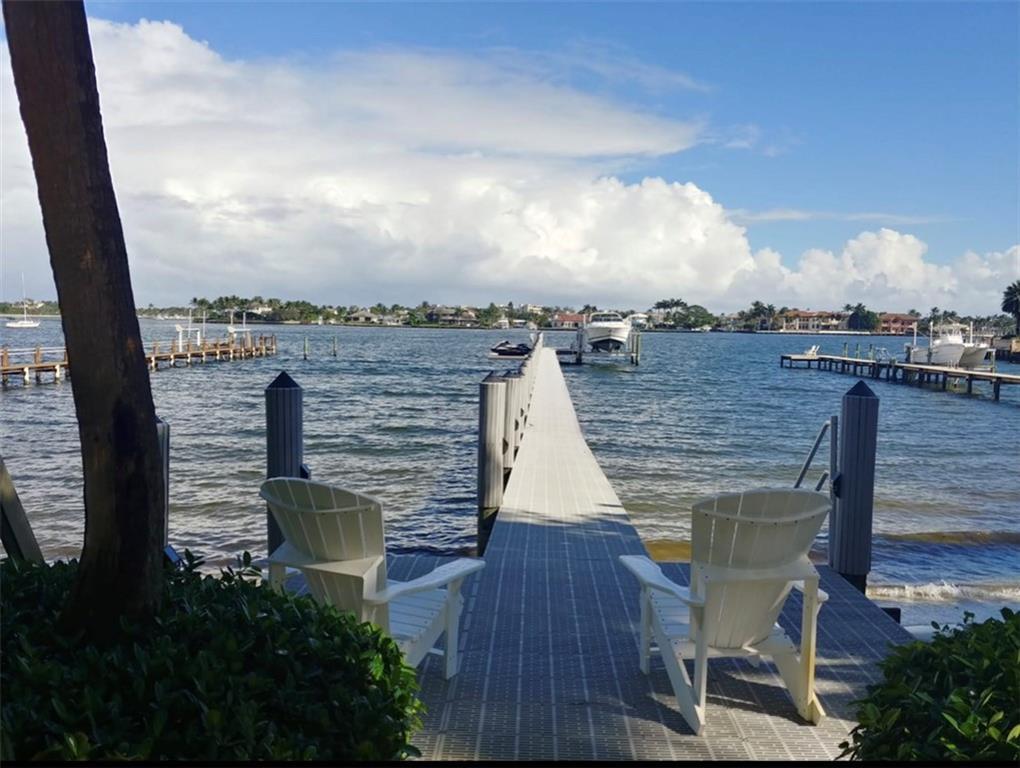 695 NE 15th Place, Boynton Beach, FL 33435