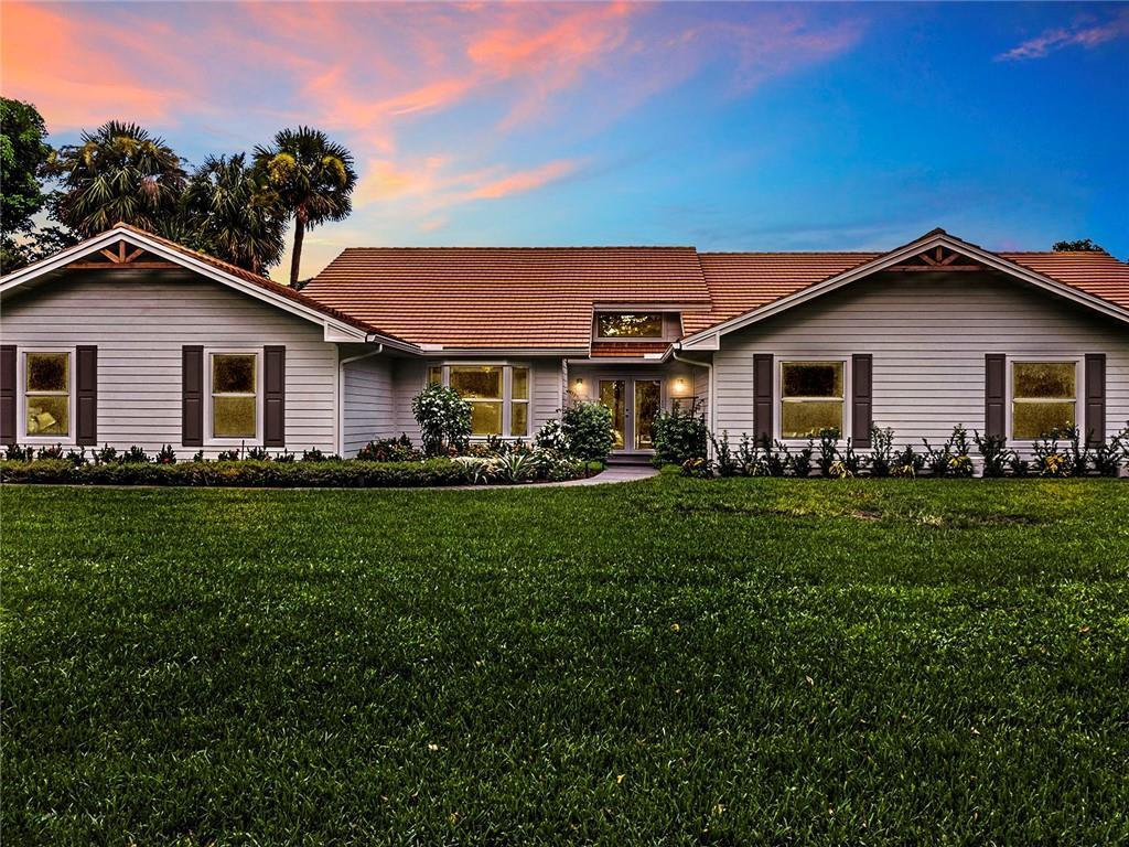 8157 Steeplechase Drive, Palm Beach Gardens, FL 33418
