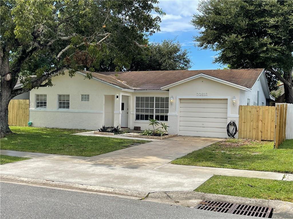 22813 SW 54th Way, Boca Raton, FL 33433