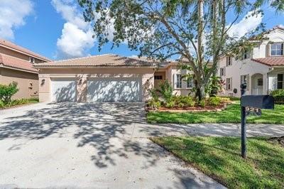 921 Crestview Circle, Weston, FL 33327