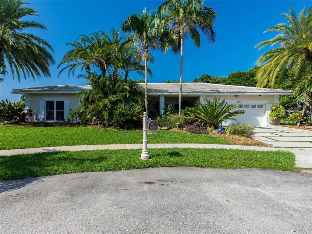 16751 Waters Edge Drive, Weston, FL 33326