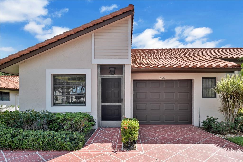 6182 Pointe Regal Circle, Delray Beach, FL 33484