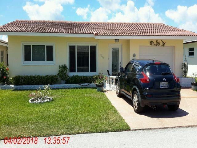 5801 NW 85th Terrace, Tamarac, FL 33321