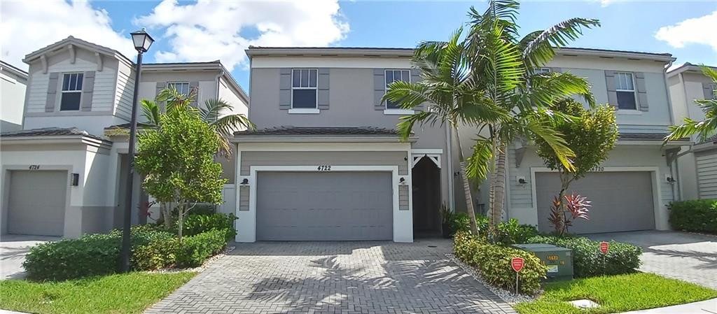 4722 NW 48th Terrace, Tamarac, FL 33319