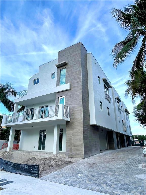 7 SE 11th Avenue, Unit 5, Fort Lauderdale, FL 33301