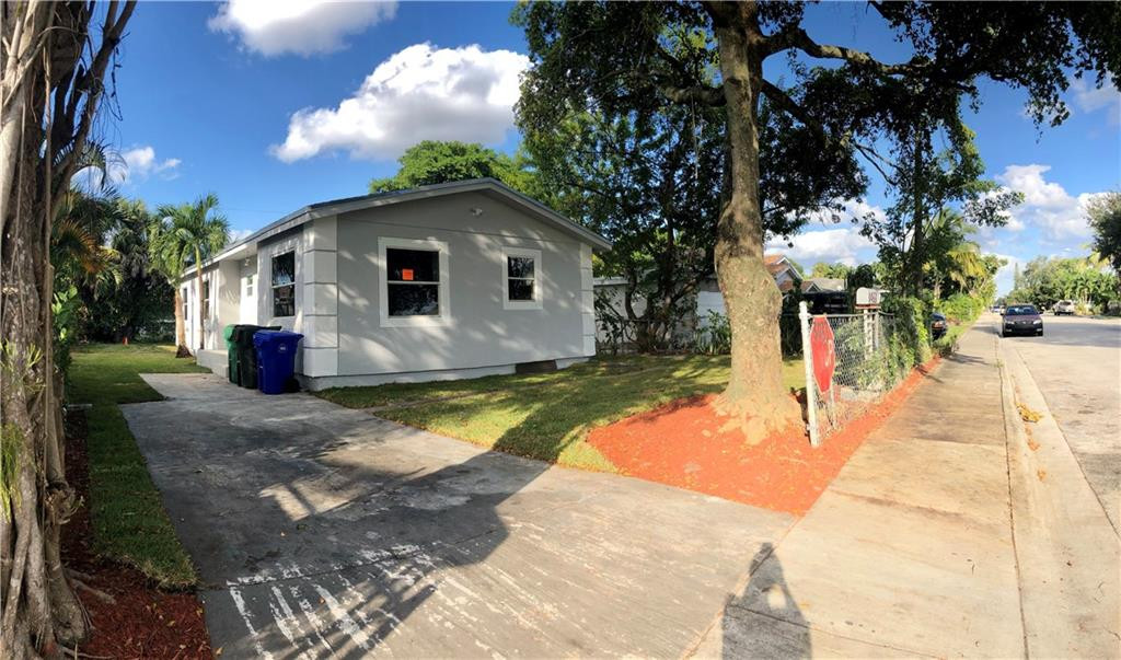 3033 NW 7th Street, Fort Lauderdale, FL 33311