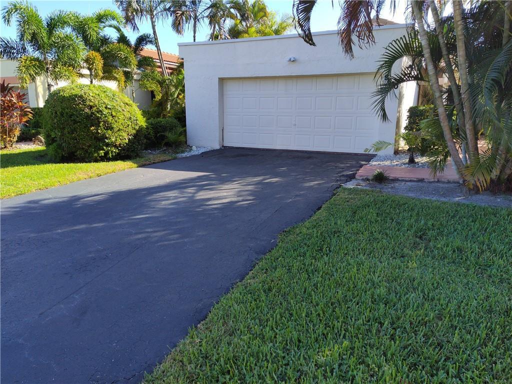 5610 Piping Rock Drive, Boynton Beach, FL 33437