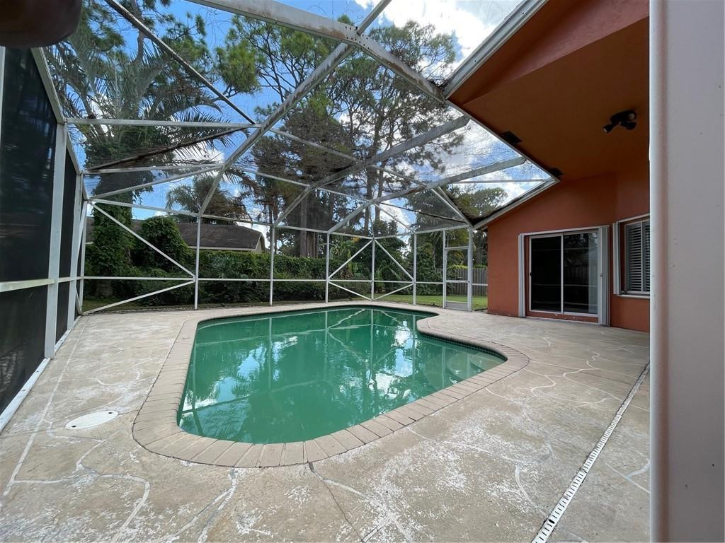 945 Sunflower Avenue, Delray Beach, FL 33445