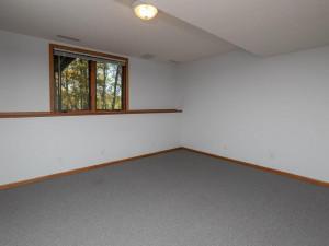 2074 Valley View Ln NE-029-025-Bedroom-MLS_Size