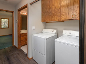 2074 Valley View Ln NE-017-016-Laundry-MLS_Size