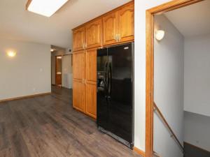 2074 Valley View Ln NE-016-013-Kitchen-MLS_Size