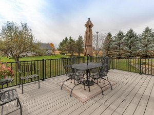 2905 7th Ave SW Austin MN-049-047-Deck-MLS_Size
