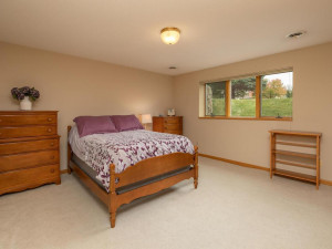 2905 7th Ave SW Austin MN-036-033-Bedroom 3-MLS_Size