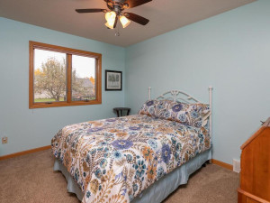 2905 7th Ave SW Austin MN-028-034-Bedroom 2-MLS_Size