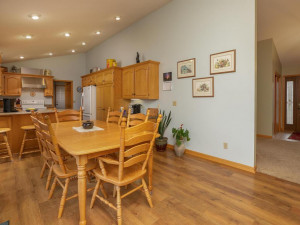 2905 7th Ave SW Austin MN-015-017-Eat in Kitchen-MLS_Size