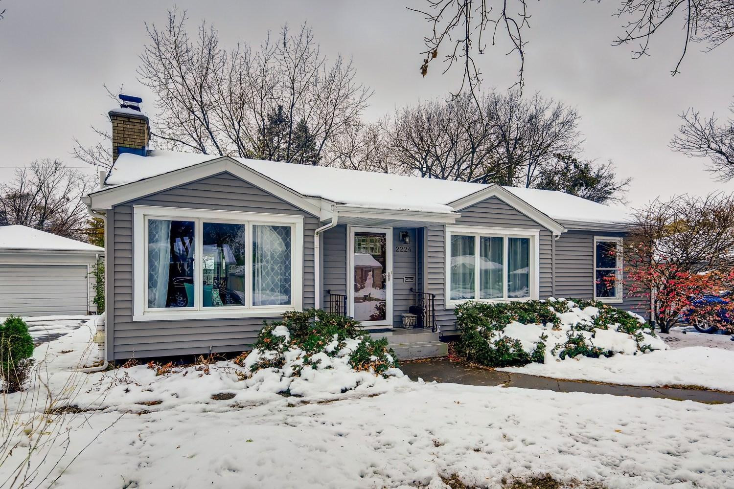 2224 Jersey Ave. Open House Sunday from 1-230p