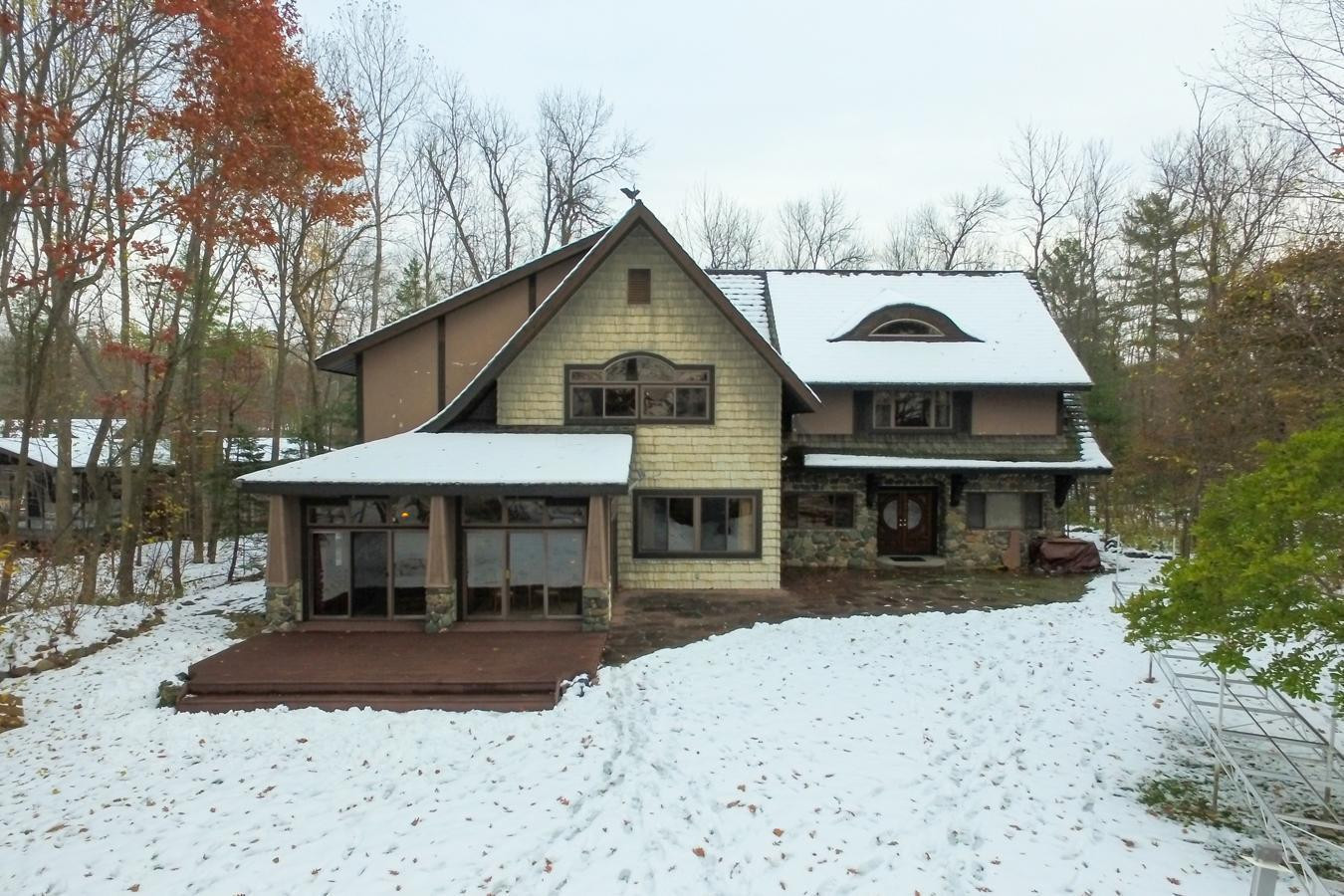 2273 Woodland, Luck, WI 54853