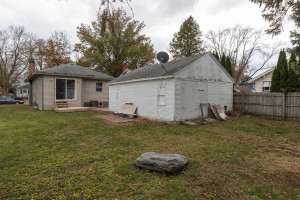 806 1st Ave NW Austin MN 55912-large-029-027-Back View-1500x1000-72dpi