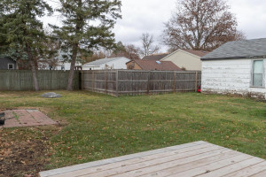 806 1st Ave NW Austin MN 55912-large-027-024-Back View-1500x1000-72dpi