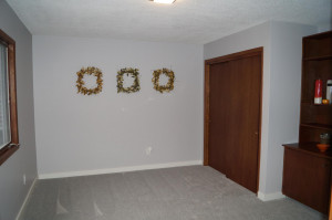 Nice sized main floor bedroom, new carpet throughout