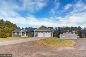 5211 229th Avenue NW, MN