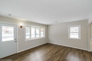 435 Madison Avenue SW, Eyota, MN 55934