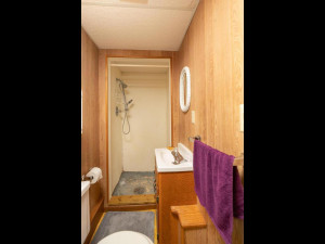 609 Parkway Ave S Lanesboro MN-028-023-Bathroom-MLS_Size