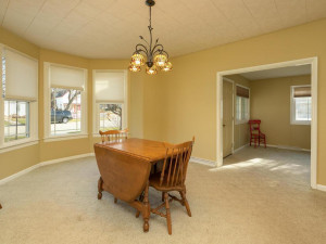 609 Parkway Ave S Lanesboro MN-009-010-Dining Room-MLS_Size